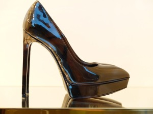shoe-188985_640