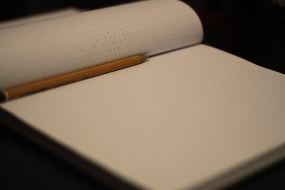 notepad-925996_960_720