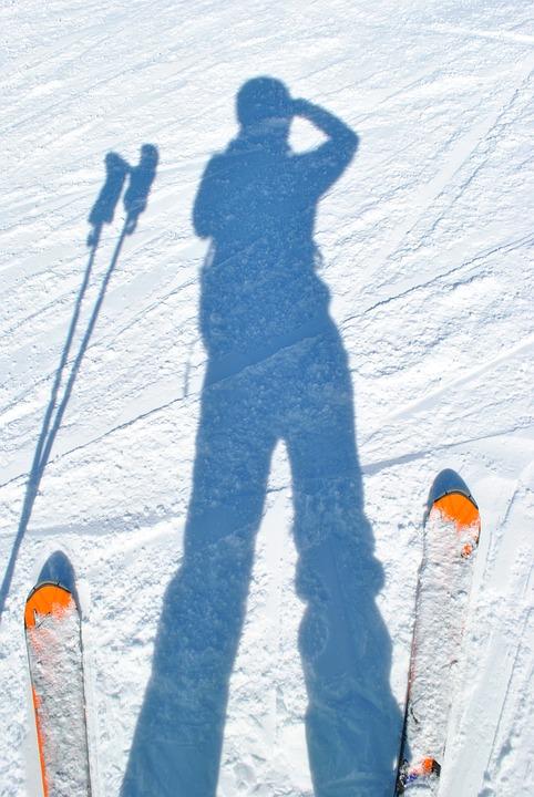 skiing-2042683_960_720